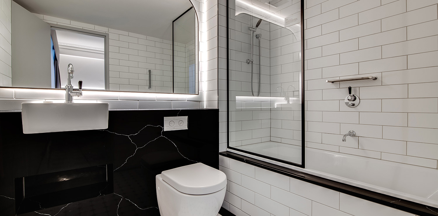 the-savoy-hotel-on-little-collins-melbourne-guest-room-twin-bathroom-02-2018 | The Savoy Hotel on Little Collins