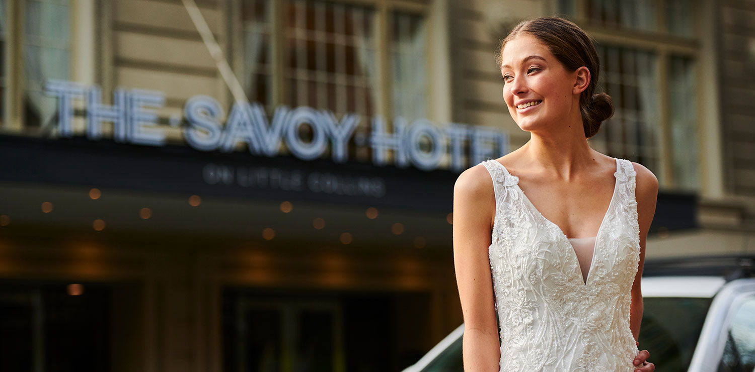 savoy-hotel-melbourne-wedding-bride-exterior-09-2019 | The Savoy Hotel on Little Collins